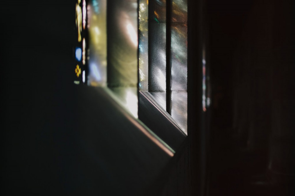 reception-stained-glass-light